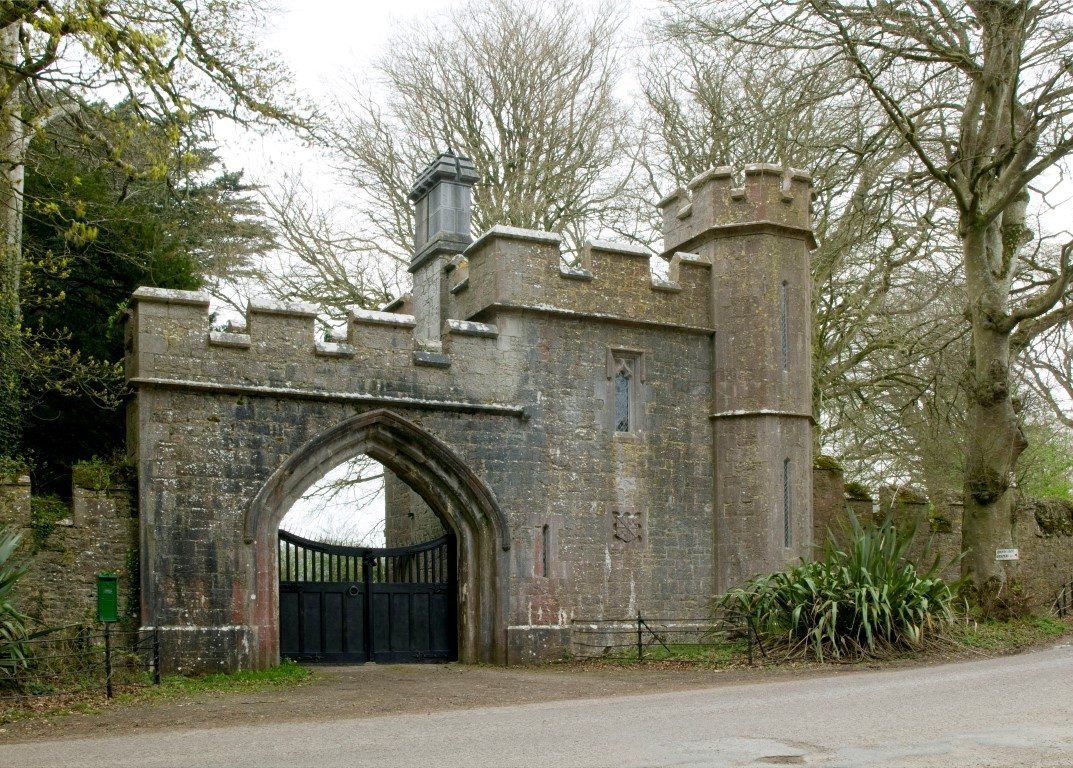 Annes Grove Miniature Castle